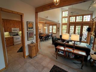 White Wolf 128 Townhome Hot Tub Breckenridge Vacation Rental