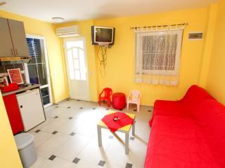 Cozy Studio near beach Tri Ribarа, Rafailovici