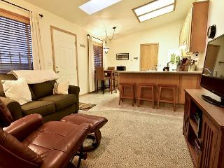 Vista Point Casita  - Your 1 Bedroom Home Away From Home, McKinleyville