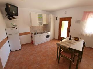 Apartment 792