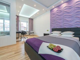 One Bed. Apartment RYNEK STAREGO MIASTA 2, Varsovia