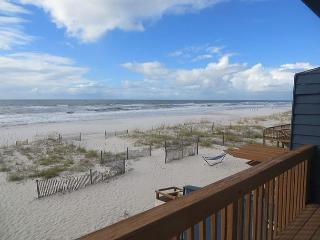 30% FALL SPECIAL AT COMFORT BREEZE! DIRECT GULF FRONT-Aqua Vacations
