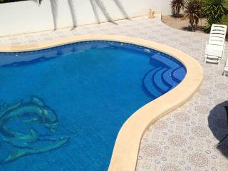 PROBABLY THE LARGEST PRIVATE POOL ON CAMPOSOL SLEEPS 8+
