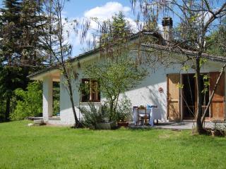 Villa in campagna con lago