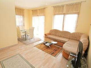 Lux apartment near the beach Nautilus, Igalo