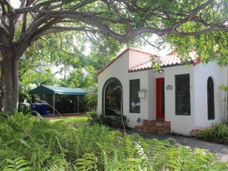 Casa Gatica, Miami