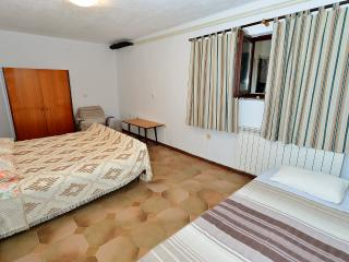 Apartment 1277