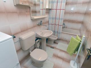 Apartment 1556