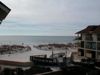 Townhouse - Not a High Rise! Free beach gear!, Gulf Shores
