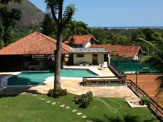 MANSION IN BARRA DA TIJUCA WITH TENNIS COURT