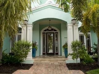 Exclusive Harbor Beach, Waterfront, pool, dock, Fort Lauderdale
