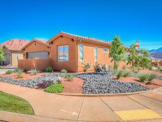 Arches Home at Paradise Village, 3 Bedroom St. George Vacation Home, Saint George