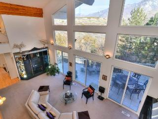 Powder House at Little Cottonwood, Luxury Pet Friendly Sandy Ski Home, Salt Lake City