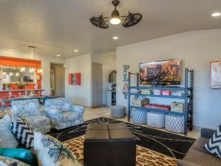 Red Mountain Retreat at Paradise Village, 3 Bedroom St. George Vacation Home, Saint George
