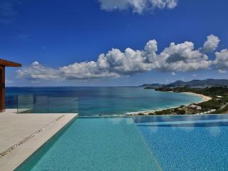 AMANDARA... WOW! Gorgeous, modern, and luxurious with breathtaking views!, Terres Basses