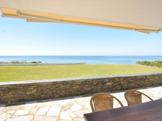 Beach Front Heaven - Great Villa Sleeps 14