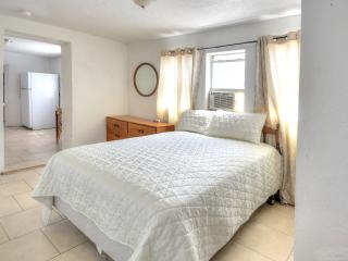 Amazing location near Abq zoo UNIT A