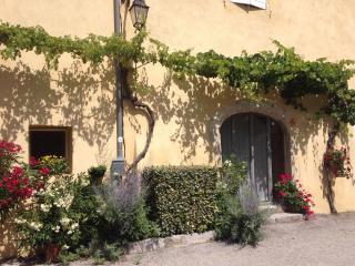 Gîte perché pour deux entre Vercors et Provence