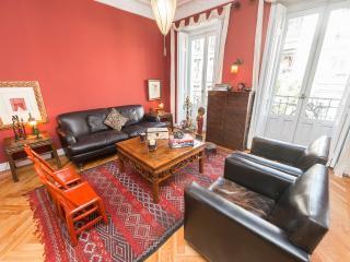 Elegant 3 bedroom in exclusive area of Madrid
