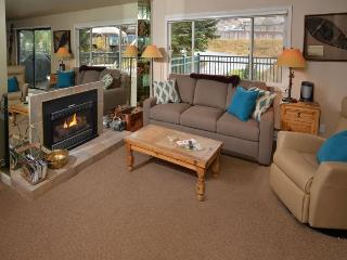 This vacation townhome and pool in Lionshead Village is a short walk to the Gondola., Vail