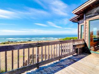 Oceanfront home with gorgeous views near trails to the beach!