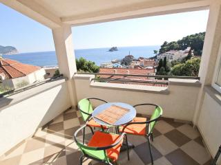 Apartment with sea views near Monte Casa, Petrovac