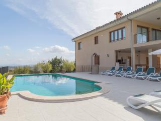 Holiday villa rental in Moscari