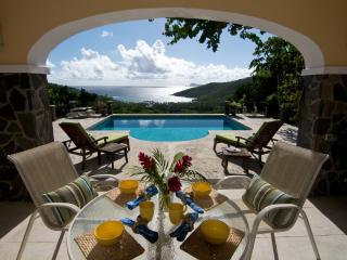 Bay Tree Villa - Pool Suite, Private pool