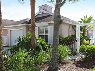 Villa in Sterling Oaks, Naples