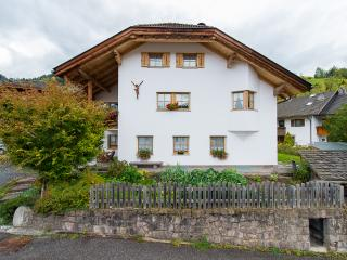 103A - Apartments Cesa Ploner - Apartment A, Ortisei (St. Ulrich in Groeden)