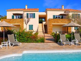 Mini villas au ceour de Saint Florent en Corse