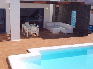 Villa Aroa