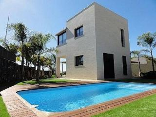 JUL6833088| Luxury 4 Bedroom Villa. Private Heated Pool. Close to Siam Park., Playa de las Americas