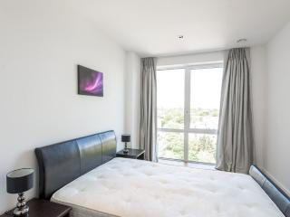 Amazing 1 bed in Ealing Broadway,W5, Londres