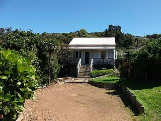 Cabbage Tree Cottage, Surfdale