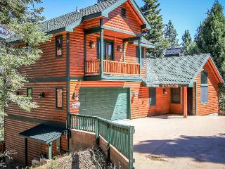 Alpine Treehouse, Big Bear Region