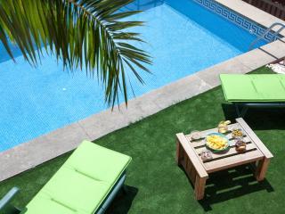 RV Bonita casa con piscina, a 20 min. de Barcelona, Cabrils