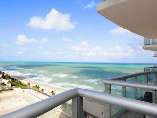 Luxurious 1/1 Ocean View Unit at the Marenas Resort!