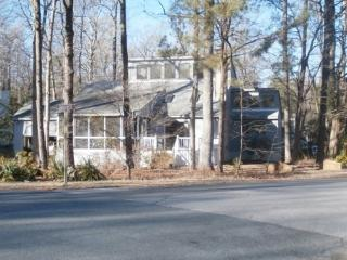 Just like new 4 Bedroom home in Ocean Pines!