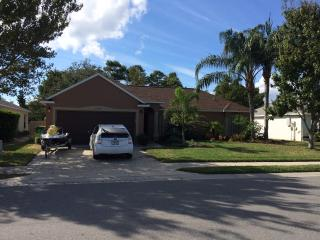 Beautiful Home In Quiet Area - Close to EVERYTHING, Viera