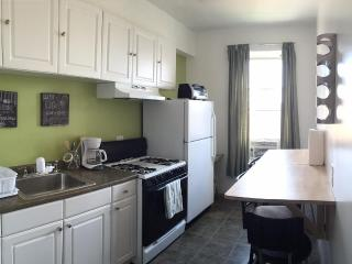 AMAZING 3BDR 2ND FLOOR APT CLOSE TO EVERYTHING!!!!, Howard Beach