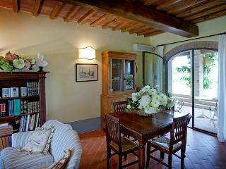 One of Four Apartments on Large Tuscan Estate - Certaldo 3, Lucardo
