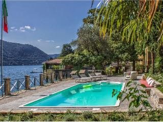 Beautiful Villa with Pool on Lake Como  - Villa Comasca - 10