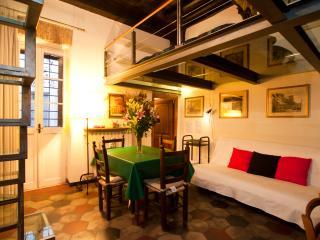 Rome Apartment near Campo dei Fiori - Attico, Roma