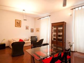 Apartment near Coliseum with Two Bedrooms - Lucio, Rome