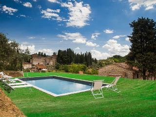 Tuscany Villa with Guest House Near Vineyards and Florence - Villa Brigida