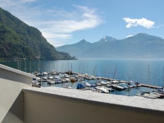 Lake Como Lakeside Penthouse for Three Couples - Villa Menaggio 2