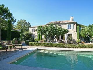 Provence Villa in a Village with Pool and Gardens - Le Mas de Jasmin