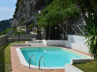 Amalfi Coast Villa with Pool and Views - Villa Laila