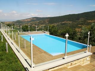 Private Italian Villa and Cottage and Located Near Historical Cortona - Villa